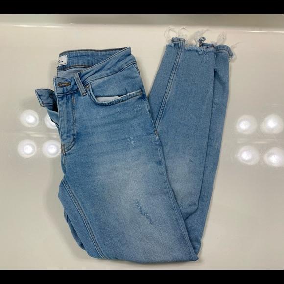 Zara High Waisted Jeans size 2